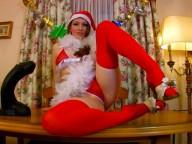 Vidéo porno mobile : Ce soir Mère Noël t'offre ton cadeau